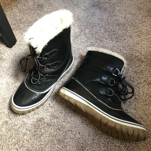 7b6b83a57e66e Steve Madden black snow day boots